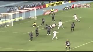 Em jogo de duas viradas, Vasco vence Fluminense por 3 a 2