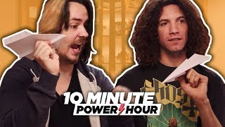 Video Piloting The Perfect Paper Airplane - 10 Minute Power Hour MP3, 3GP, MP4, WEBM, AVI, FLV Juli 2018
