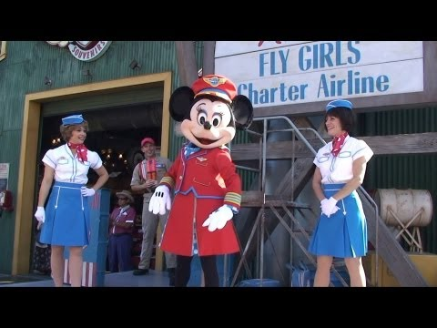 Minnie's Fly Girls Charter Airline Show at Disney California Adventure, Disneyland - w/ Minnie Mouse