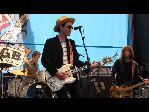 The Wallflowers - One Headlight [Rock]. Who\'s the lead guitarist ...