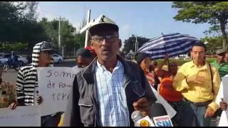 Recicladores vertedero Rafey inician caminata hacia el Palacio Nacional