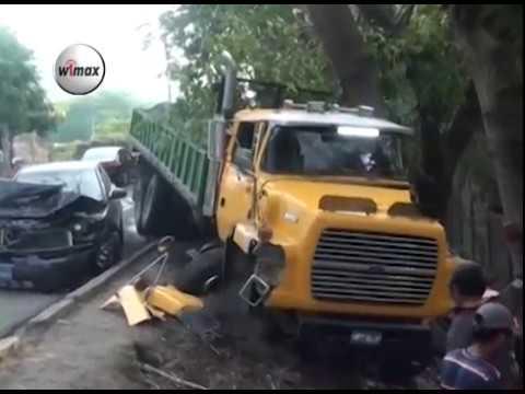 Triple accidente se reportó en Carretera Troncal del Norte por fallas mecánicas