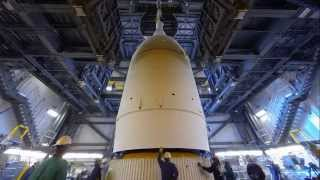 Delta IV Heavy Orion EFT-1 Spacecraft Mating