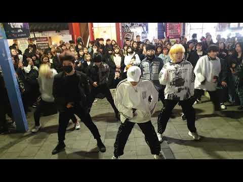 《BTS_#Fire》2019.03.01#KingdomS(#킹덤즈) 홍대버스킹 20190301_212931