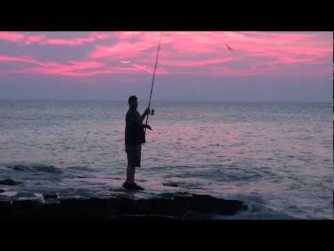 Bluefish hitting lures off rocks – Rockport, MA
