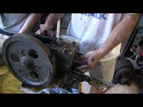 ANTIQUE YANMAR DIESEL ENGINE REBUILD (PART 1)