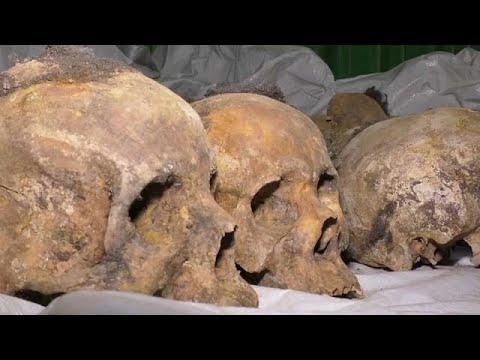 24 Jahre nach dem Genozid in Ruanda: Massengräber gef ...