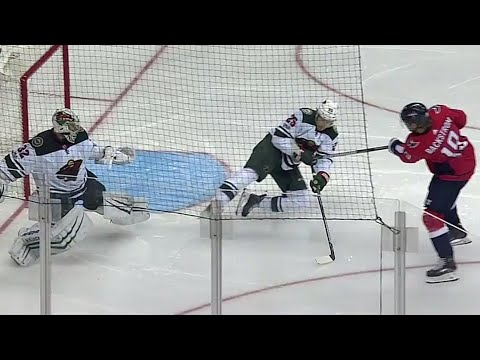 Video: Wild's Brodin bails out Stalock with spectacular defensive play