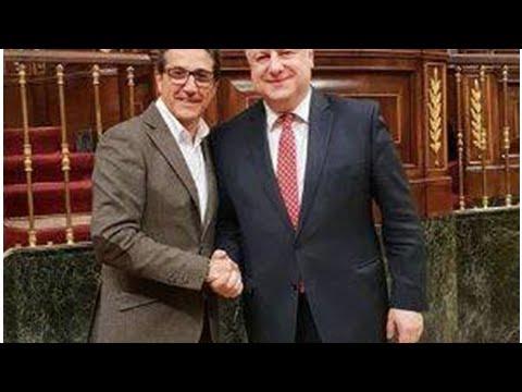 Diplomacia valenciana en guante de seda