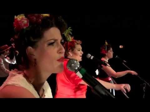 Trio vocal féminin - Singin' Rendez-Vous et le Ragtime Band en spectacle (Québec)