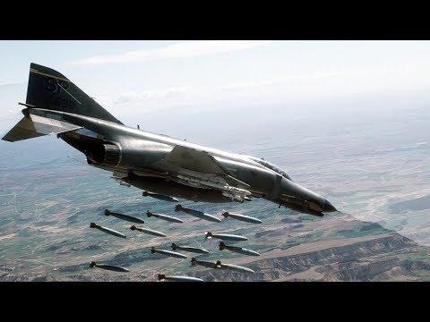 """Mis vídeos. """"Aviones contra defensa antiaérea. El valle Becá (1982)""""."""