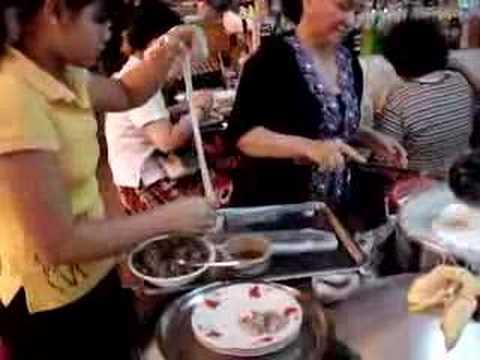 Galettes de riz la vapeur baguettes ou fourchette - Cuisine asiatique vapeur ...