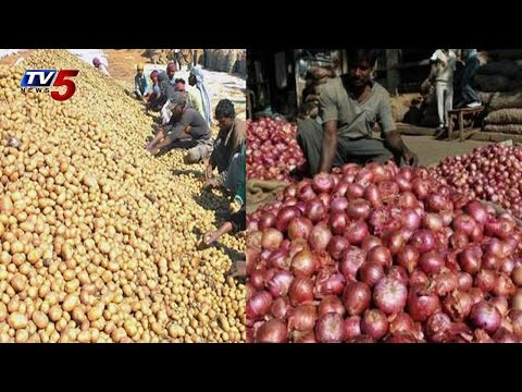 Hudhud Cyclone Impact | Essential Commodities in Black Market in Vizag : TV5 News