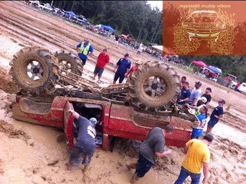 Mud boggin' weekend results in wrecks