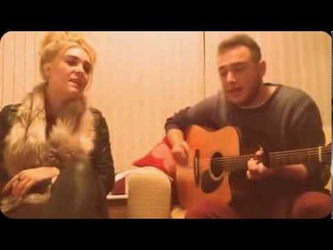Ali Fawcett & Jess Richardson - Sex (The 1975 acoustic cover)