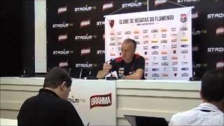 O técnico do Flamengo fala sobre o resultado do jogo entre Flamengo e Grêmio, pelo Brasileirão 2012.