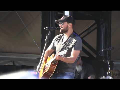 "Eric Church- ""A Country Boy Can Survive"" (Hank Williams, Jr.) Live at Lollapalooza 8-3-2013"