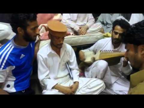 Video Rabab Mange New Tang Takor By Kifayat Khan download in MP3, 3GP, MP4, WEBM, AVI, FLV January 2017