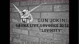 Video Gun Joking - Lovocity Live
