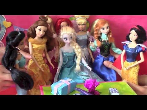 Frozen Dolls Videos Elsa, Anna & Disney Princesses: Elsa's Birthday, Miss World Pageant & World Cup!