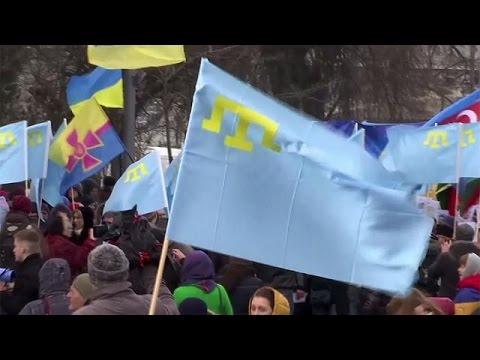 Οι Τάταροι της Κριμαίας διαδήλωσαν στο Κίεβο