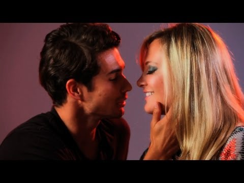 How to Be the Best Kisser | Kissing Tips