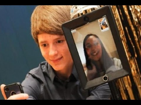 "Students Taking Telepresence Robots to Prom – Real Life ""Surrogates"" From Bruce Willis Movie"