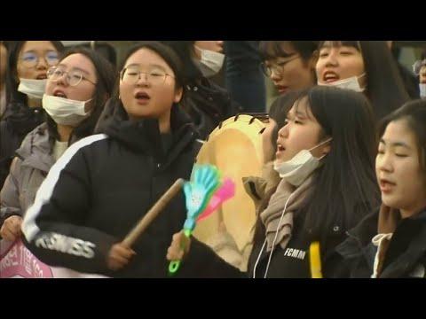 Südkorea: Hoher Druck für Studenten durch Aufnahmeprüfungen
