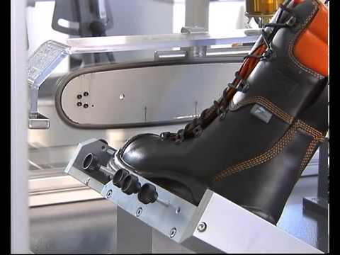 Chainsaw boots test
