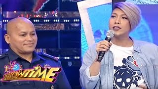 Video Its Showtime: What fears General 'Bato'? MP3, 3GP, MP4, WEBM, AVI, FLV Mei 2018