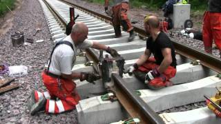 Video Railroad thermite welding MP3, 3GP, MP4, WEBM, AVI, FLV September 2019