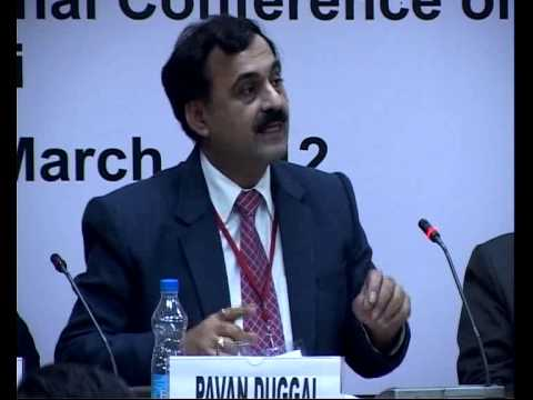 "Pavan Duggal speaking on the topic ""Liability of Service Provider"" at ICML 2012"
