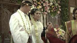 Highlights of our traditional wedding in Jakarta 2-3 March 2013.
