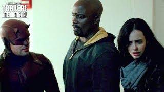 Marvel - Os Defensores reúne Demolidor (Charlie Cox), Jessica Jones (Krysten Ritter), Luke Cage (Mike Colter) e Punho de Ferro...