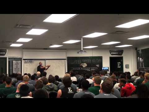 Charlie Batch speaks to Eastern Michigan Eagle athletes