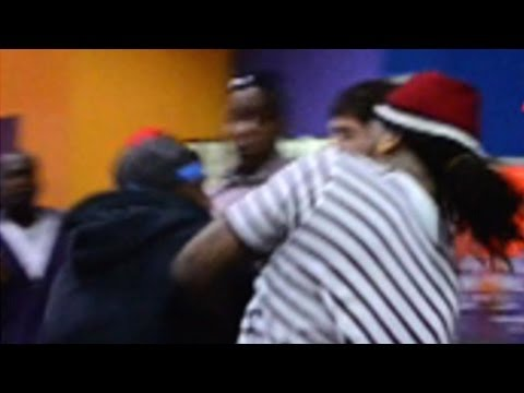 Waka Flocka Fight — Rapper Takes Haymaker to the Face!