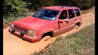 "Video 93 Jeep Grand Cherokee ZJ playing in some mud. 4"" RC ""X"" Series lift MP3, 3GP, MP4, WEBM, AVI, FLV Agustus 2018"