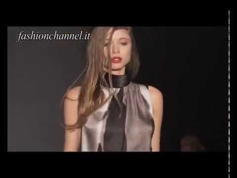 """Paola Frani"" Autumn Winter 10-11 Milan 1 of 3 pret a porter women by FashionChannel"