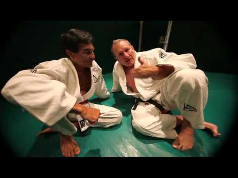 mixed martial arts videos mma blog featured  VIDEO: AL BUNDY  A GRACIE BLACK BELT!   photo