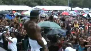 MARIO PERFORMS LIVE A THE BALTIMORE STONE SOUL PICNIC 2009 - YouTube