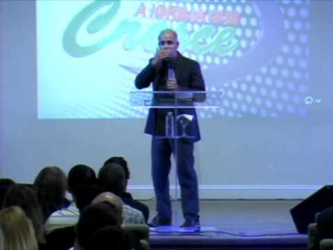 Claudio Duarte - No ultimo dia 22 de setembro 2014 Pr Claudio Duarte ministrou em nossa Conferencia para a Familai.