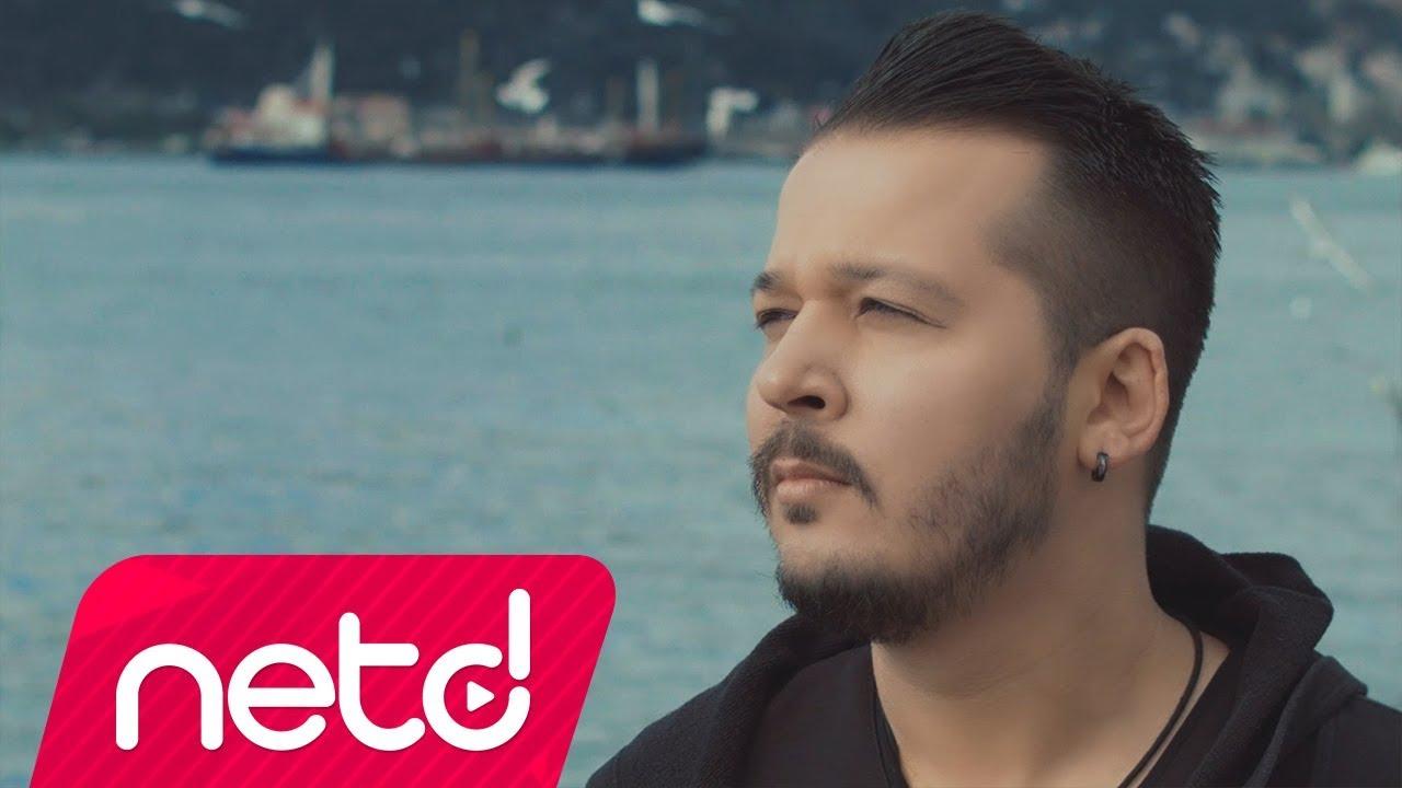 Gökhan Ay feat. Kahraman Tazeoğlu – İstanbul Sözleri
