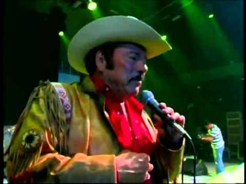 El Hombre Que Mas Te Amo - Lalo Mora (Video)