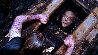 Video 10 Really Stupid Decisions in Horror Movie History MP3, 3GP, MP4, WEBM, AVI, FLV Februari 2019