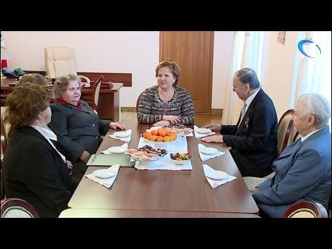 Елена Писарева встретилась с членами областного совета ветеранов
