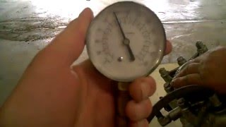 10. LOT 2412D 1999 Sea doo GTX Limited 951 Carb Engine Compression Test