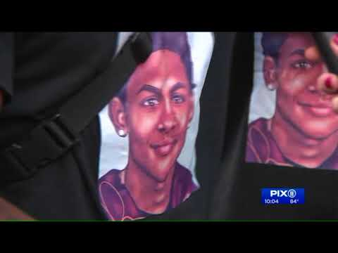 Community rallies after Bronx bodega where teen was killed set to reopen