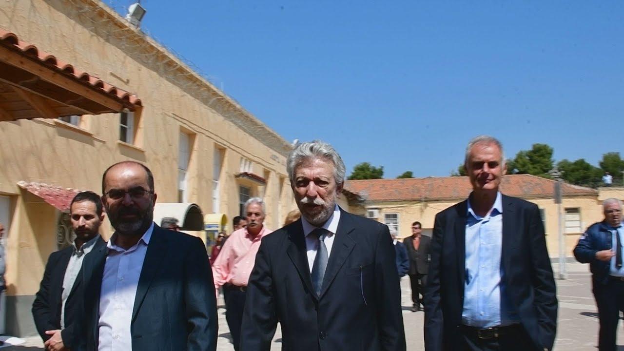 Επίσκεψη Σ.Κοντονή στις φυλακές Ναυπλίου και Τίρυνθας(2)