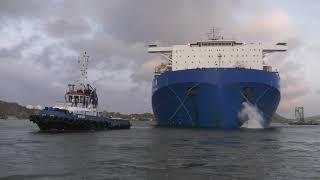 Video Floating dry docks arrive safely at Damen Shiprepair Curaçao MP3, 3GP, MP4, WEBM, AVI, FLV Desember 2018
