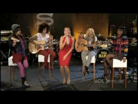 Beyonce - Irreplaceable Live @ AOL Sessions
